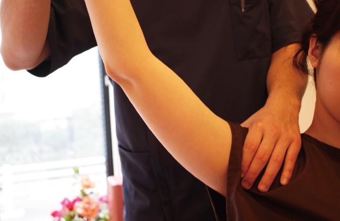 四十肩・五十肩 – 整体・治療